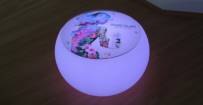 Tisch, Wohnzimmertisch, LED-Tisch, LED-Wohnzimmertisch, Tisch mit Licht