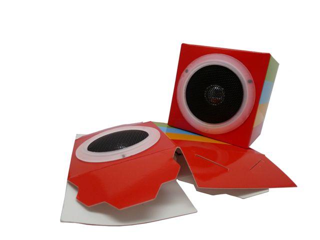 faltbarer Lautsprecher aus Karton